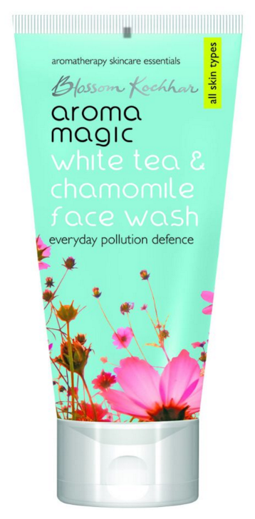 Aromatherapy Skincare Essentials White Tea and Chamomile Face Wash.png