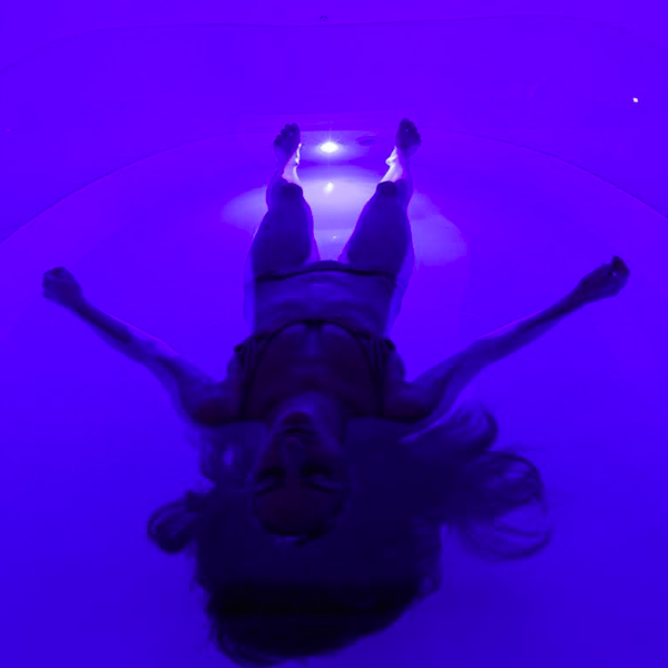 Floatation Therapy Relaxation Sensory Deprivation Soothing Mineral Solution Reduce Stress
