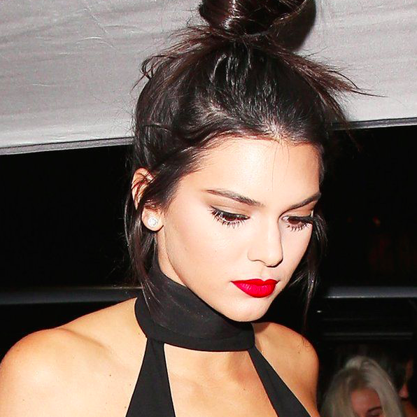 red lip makeup trend 2015 kendall jenner