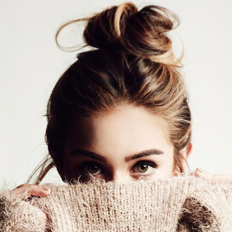 4 Easy-As Hairstyles for New Mums The Messy Topknot