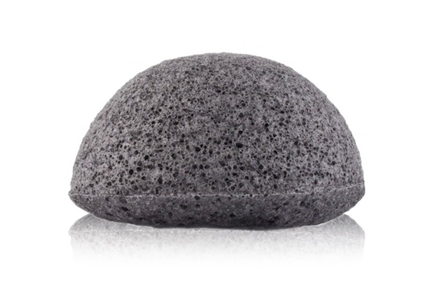 zoom_710b0fa1a0cea40cc59bda1b3f3297db5df4e621_1407829072_Konjac_Sponge_Bamboo_Charcoal_HIRES_0.jpg